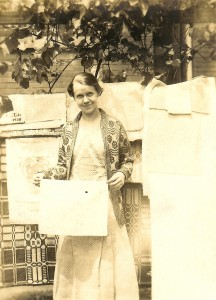 Lou Tate with Roosevelt White House Linens